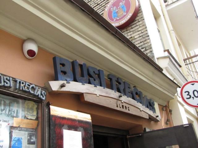 Пивной ресторан-пивоварня Busi trecias в Литве