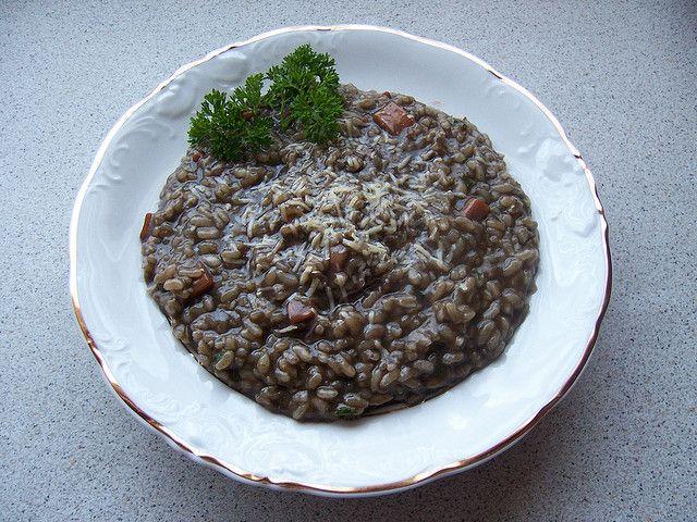 """Хорватское блюдо — Черный """"рижот"""" (Crni rizot)"""