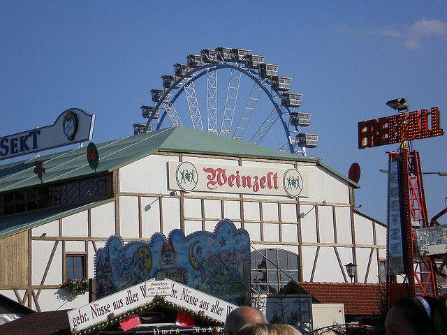 Палатка на Октоберфест — Weinzelt