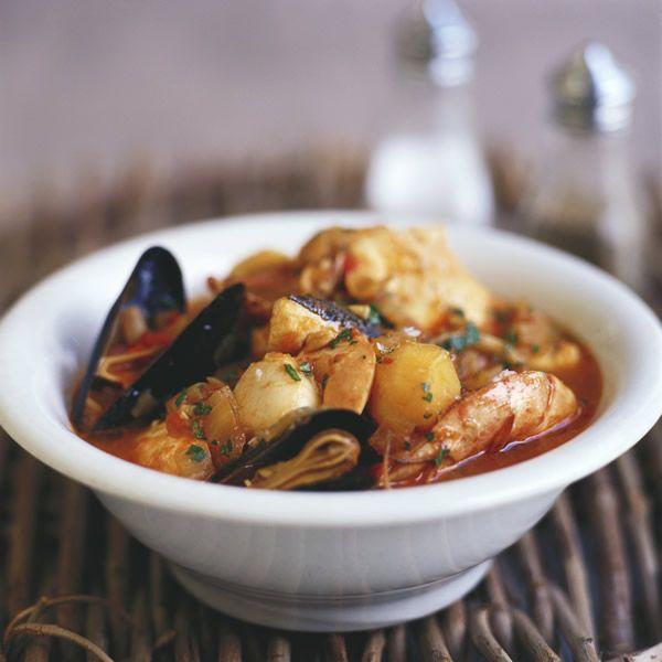Черногорское блюдо — суп Рибля Чорба с морепродуктами (Riblja Čorba)