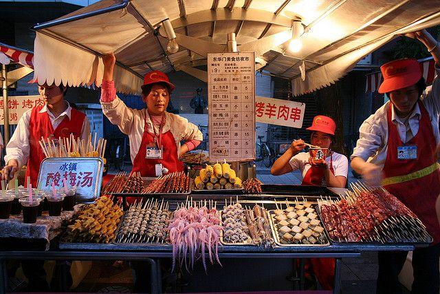 Продавцы стрит-фуда в Пекине