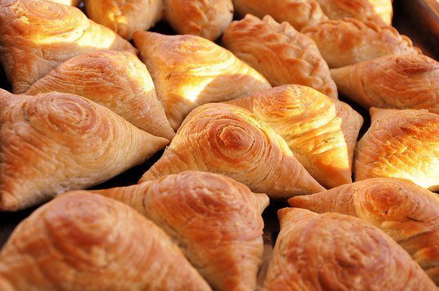 Крымские треугольные пирожки — Самса