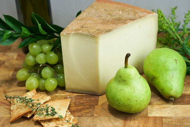 Швейцарский сыр Грюйер