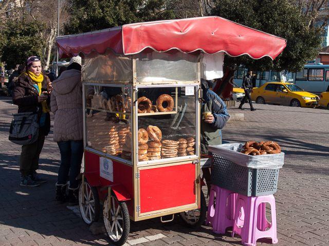 Стрит-фуд в Стамбуле — бублики