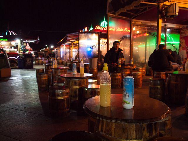 """Уличное """"кафе"""" в Стамбуле"""