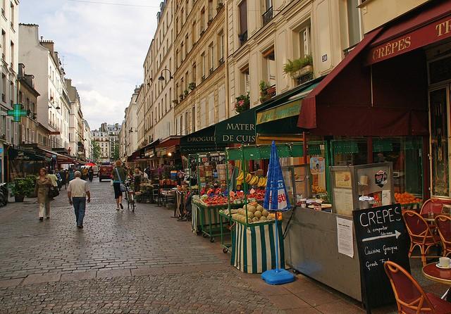 Торговая улица Rue Cler в Париже