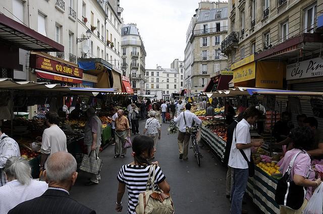 Рынок в Париже Le Marche D'Aligre